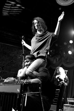 Robert Randolph & the Family Band, Brooklyn Bowl, 4-1-14 018